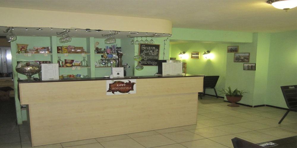 В гостинице для Вас работает недорогое кафе.